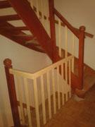 Treppengeländer und Handläufe teilweise erneuert