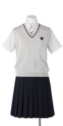 川島中学校女子夏制服(夏ベスト着用)