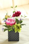57.和 W=15㎝ H=30㎝ 4,800円 和の空間・仏花としても。