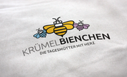 Logogestaltung Kindertagespflege Krümelbienchen