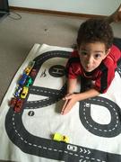 Täglich wird mit Autos und Lego gebaut