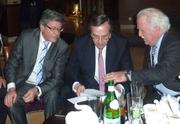 Οι κ.Ξεπαπαδακος και Λίκκας (ΝΟΔΕ) ενημερώνουν τον Πρωθυπουργό Α.Σαμαρά