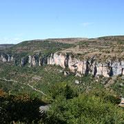 Vers Dargilan en Lozère