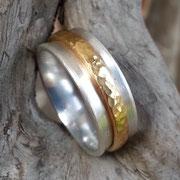 Silberring mit drehbarem Goldring