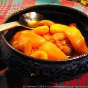 Tajine de poires, figues, abricots pochées au thé Rooibos de Noël