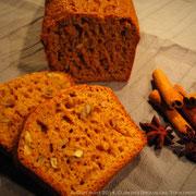 Cake pain d'épices aux noix du Clos