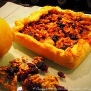 Tarte aux pommes, noix et canneberges