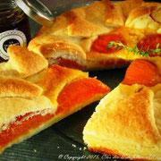 Tarte aux abricots, thym citronné & fleur de romarin