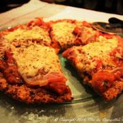 Pizza quinoa, jambon de la Forêt Noire et thym frais