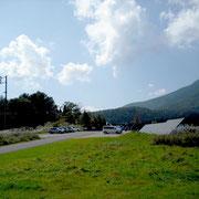 黒姫山麓にある、童話館です。