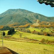 黒姫山麓の放牧も終わったようです。