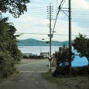 グリーンタウン入り口より見える野尻湖です。
