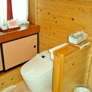 トイレは2階にも増設し、周りもリフォームしました。