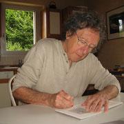 """Kenneth White firma il suo """"Poetica del ghiaccio"""""""
