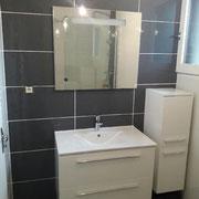 Vasque et miroir salle de bain