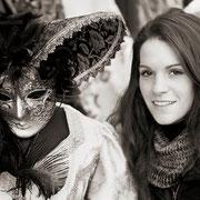 Signora mit venezianischem Kostüm