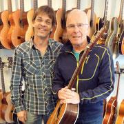 Allan Taylor ist wieder happy mit seiner Gitarre. Good Luck and Thank you dear Allan!
