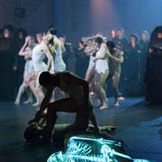 Memento Mori, Gärtnerplatztheater Regie: Karl A. Schreiner Bühne: Jordi Roig Videodesign: Raphael Kurig, Thomas Mahnecke © Lioba Schöneck