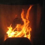 不完全燃焼状態の炎