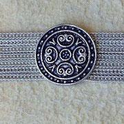Knopf Agraffen halten lose Silberarmbänder. i-must-have.it