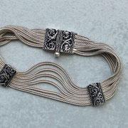 Silberarmband mit zwei Ranken Agraffen und aufwendigem Stiftverschluss, 925 Sterlingsilber, geschwärzt und poliert, 99,-€, i-must-have.it