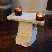 Stenen tafeltje