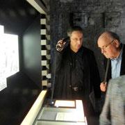 In den Räumen der Ausstellung: Original Audio- und Videomaterial informiert zusätzlich
