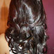 Our superstar Shanina Shaik! Beautiful bouncy hair