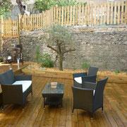 salon de jardin gite pays cathare et gites de france dans l'Aude à Ribaute en Corbières