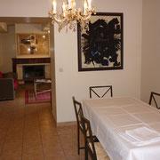 séjour salle à manger gite pays cathare dans l'Aude label clevacances à plaigne