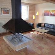 séjour cheminée gite Pays Cathare Gites de France dans l'Aude à Cavanac