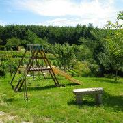jardin du gite Pays Cathare Gites de France dans l'Aude aux Brunels