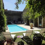 piscine gite Pays cathare label Gites de France à Pouzols Minervois dans l'Aude