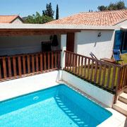 piscine gite Pays Cathare Gites de France dans l'Aude à Cascastel en corbières