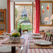 Salle à manger gite Pays Cathare Gites de France dans l'Aude à Fraissé des Corbières, Aude