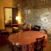 séjour salle à manger gite Pays Cathare Gites de France dans l'Aude à Cascastel en corbières