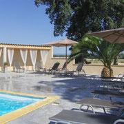 piscine exterieure gite pays cathare à Raissac d'Aude