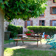 jardin gite dans l'Aude label pays cathare gites de france à Quintillan