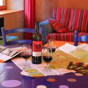 salon gite Pays Cathare Gites de France dans l'Aude à Ornaison en Corbières