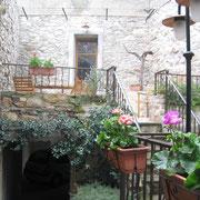terrasse gite gite Pays Cathare Gites de France dans l'Aude à Caunes Minervois