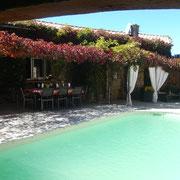 Piscine Gite Pays cathare gites de france dans l'Aude à Quintillan