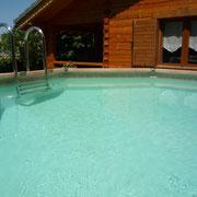 piscine chalet pays cathare gites de france à saissac sans l'Aude avec piscine et SPA