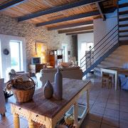 salle à ma,ger gite pays cathare dans l'Aude label gites de france à Pouzols minervois
