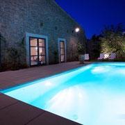 piscine éclairée gite Pays cathare label Gites de France à Pouzols Minervois dans l'Aude