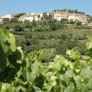 vue du village gite Pays Cathare Gites de France dans l'Aude à Montgaillard en Haute Corbières