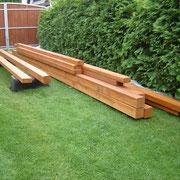 Holz für das neue Gehege