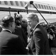 Bill Clinton, Tarmac, Tetersboro, NJ 1992