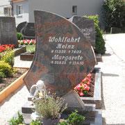 Einzelgrabstein alter Friedhof Sachsen b. Ansbach