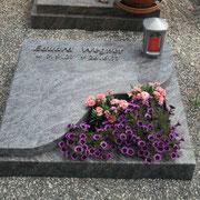 Urnegrab Orion Friedhof Sachsen