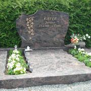 Doppelgrab Aurindi neuer Friedhof Sachsen